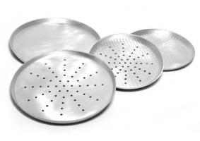 Алюмінієві     форми    для    випікання     піци.