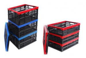 Пластмасові складні ящики.