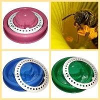 Поилки для пчел, исключающие возможность гибели насекомых